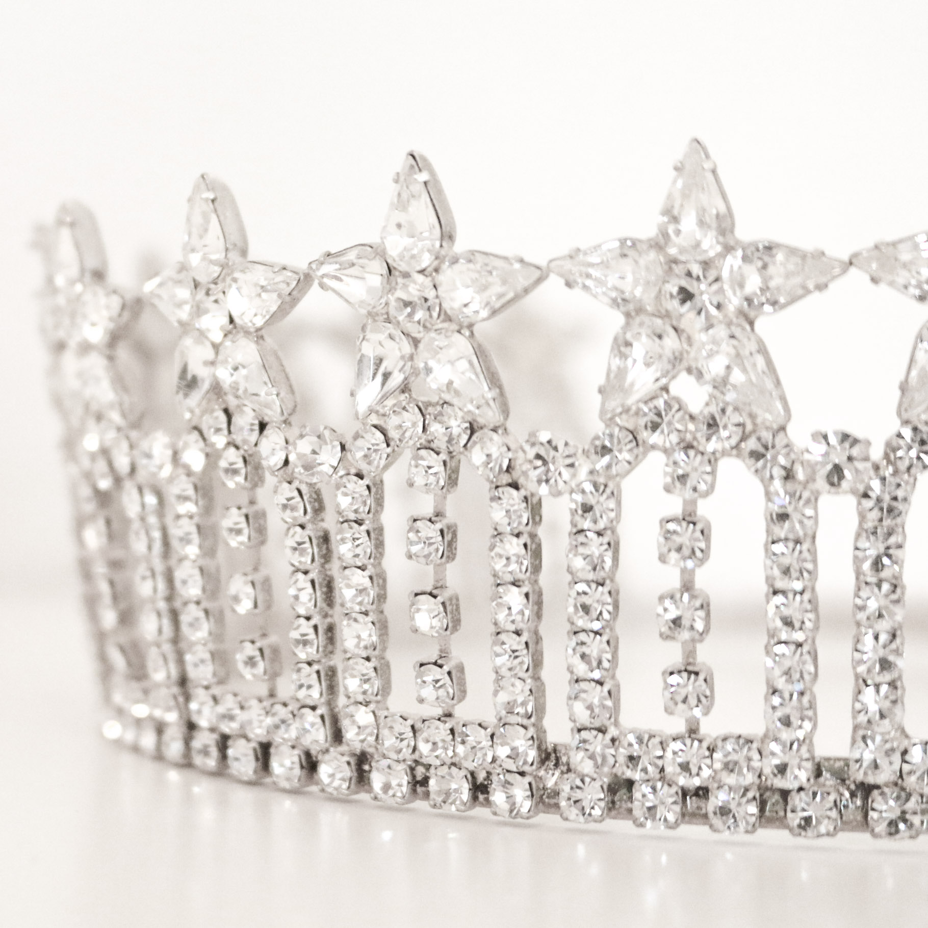 Miss Montana USA crown