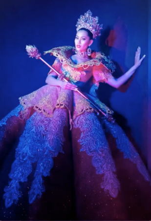 Binibini #4 national costume